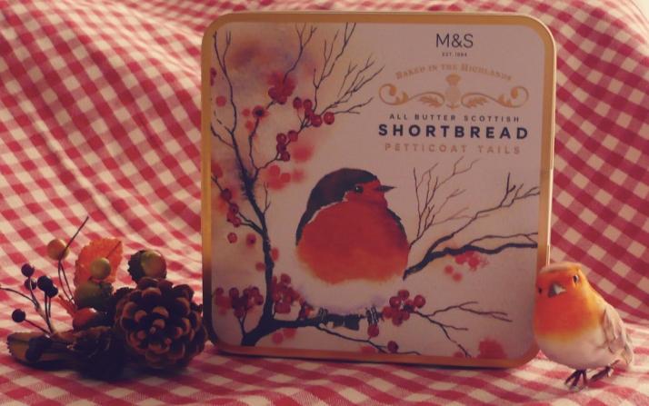 m-s-shortbread-biscuits-anglais-automne-boi%cc%82te-rouge-gorge