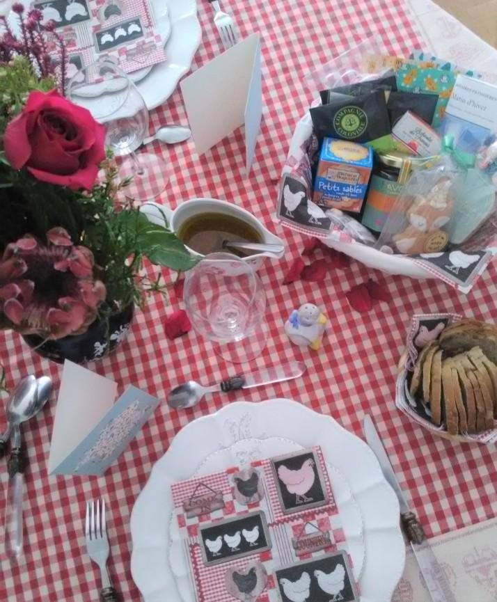 comment décorer sa table pour un repas français 4
